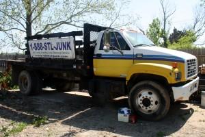 skip's junk hauling truck