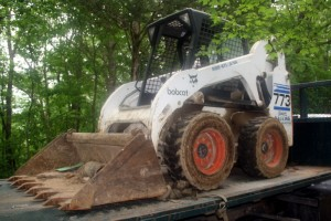 Bobcats: Trackhoe and Skidsteer